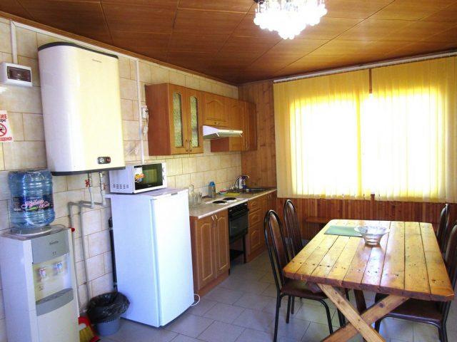 2-х местные 2-х комнатные апартаменты с кухней